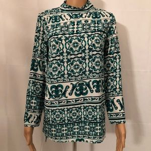 H&M Patterned Mockneck Longsleeve blouse.